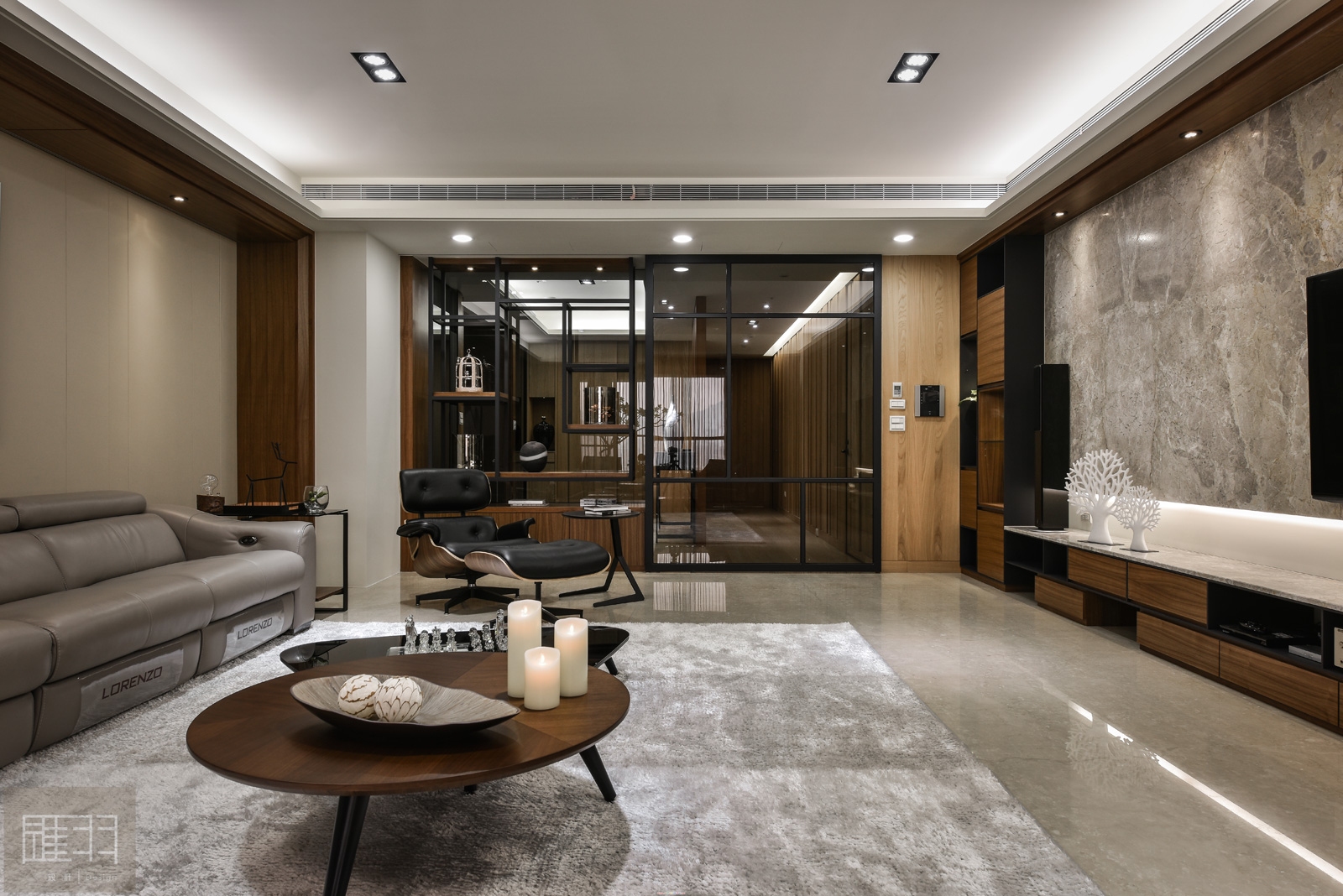 Wood and earthy colour palette modern apartment by Manson Hsiao of Hui-yu Interior Design-11