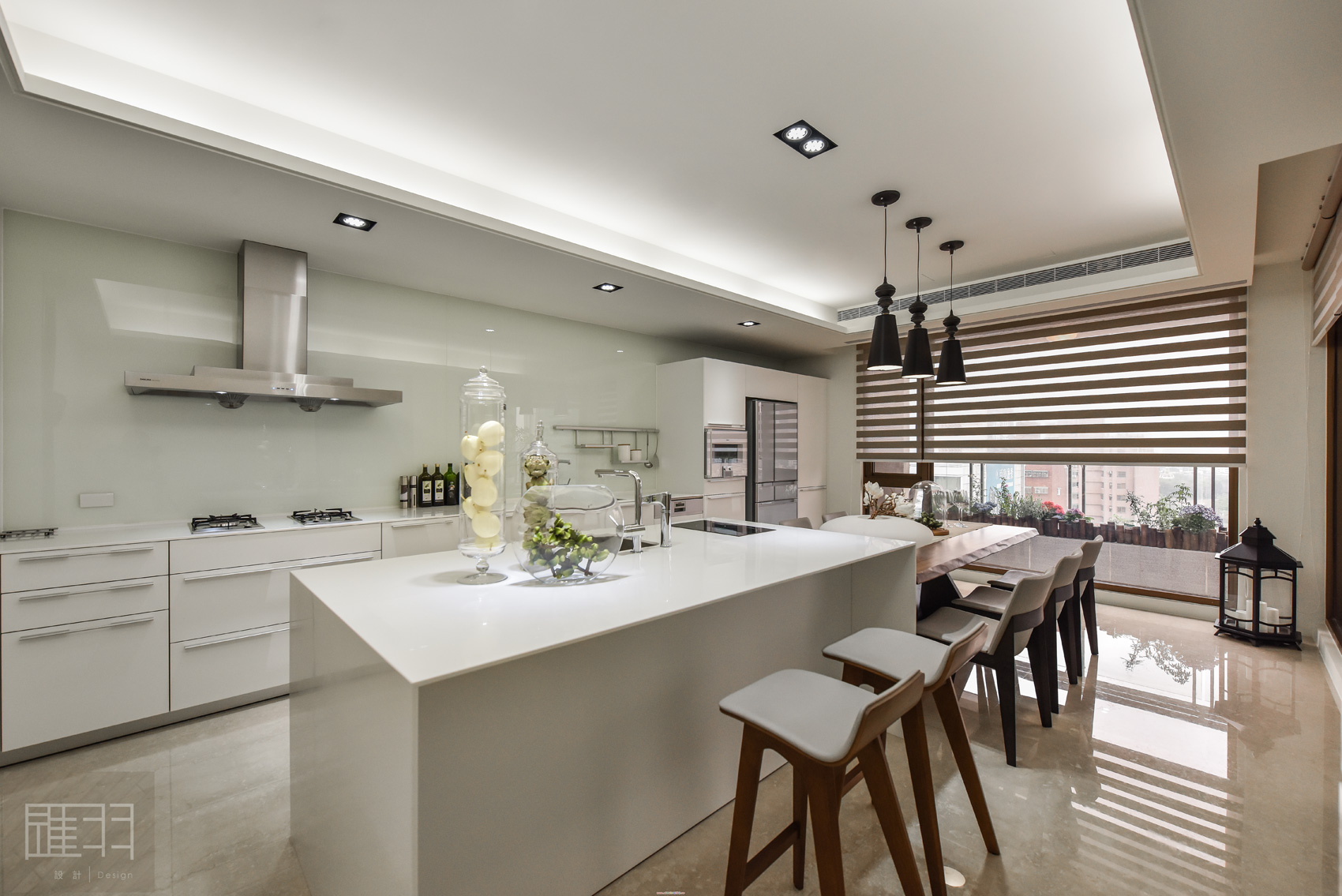 Wood and earthy colour palette modern apartment by Manson Hsiao of Hui-yu Interior Design-13