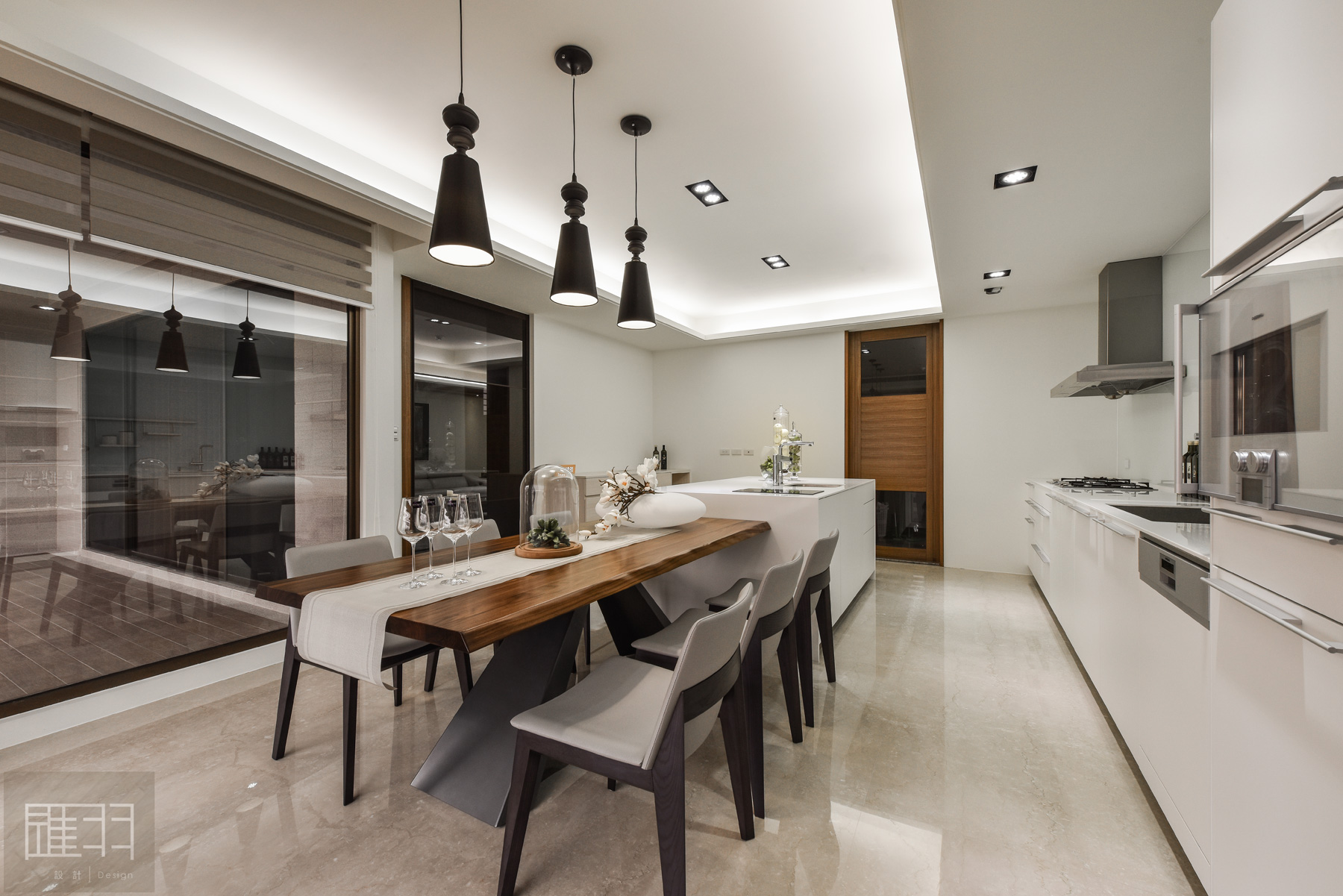Wood and earthy colour palette modern apartment by Manson Hsiao of Hui-yu Interior Design-14