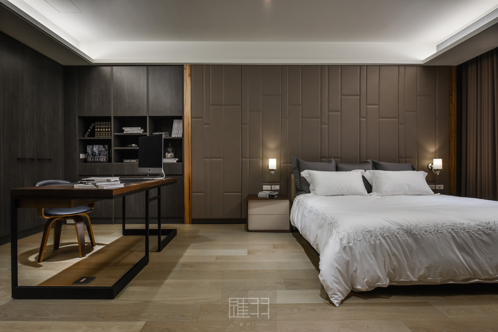 Wood and earthy colour palette modern apartment by Manson Hsiao of Hui-yu Interior Design-18
