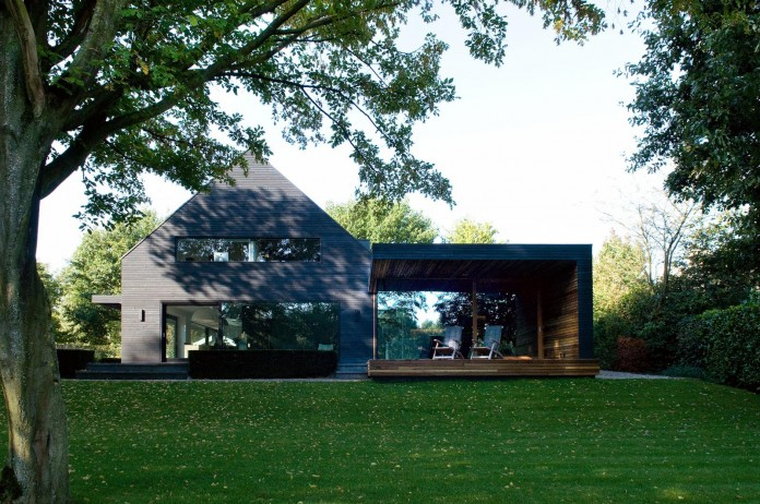 Woonhuis-M-Residence-by-WillemsenU-Architecten-02
