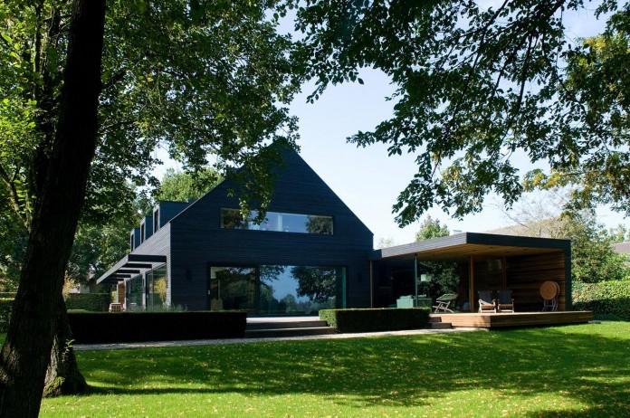 Woonhuis-M-Residence-by-WillemsenU-Architecten-05
