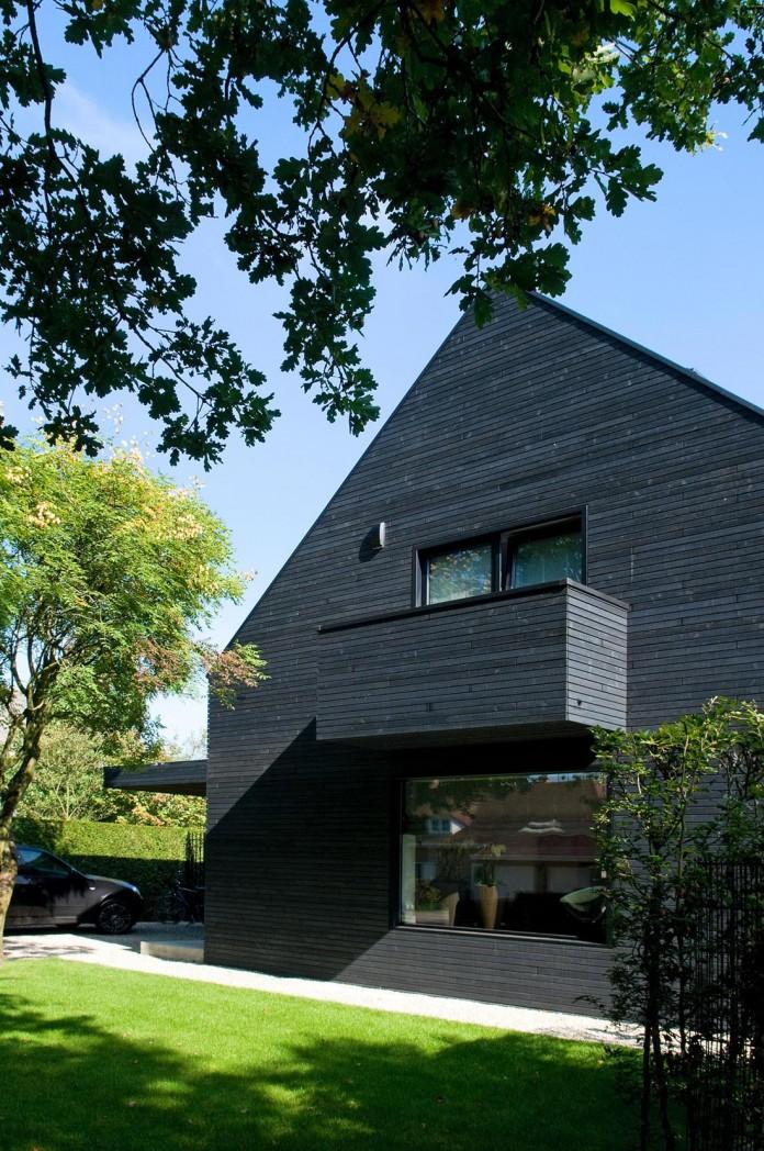 Woonhuis-M-Residence-by-WillemsenU-Architecten-12