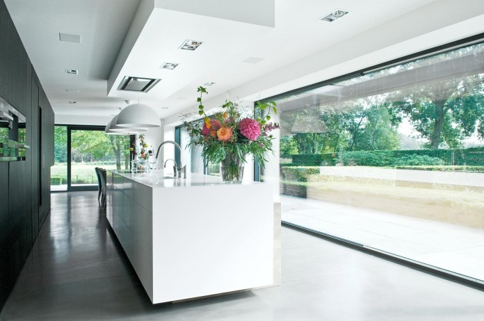 Woonhuis-M-Residence-by-WillemsenU-Architecten-19