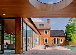 308 Mulberry Residence by Robert M. Gurney