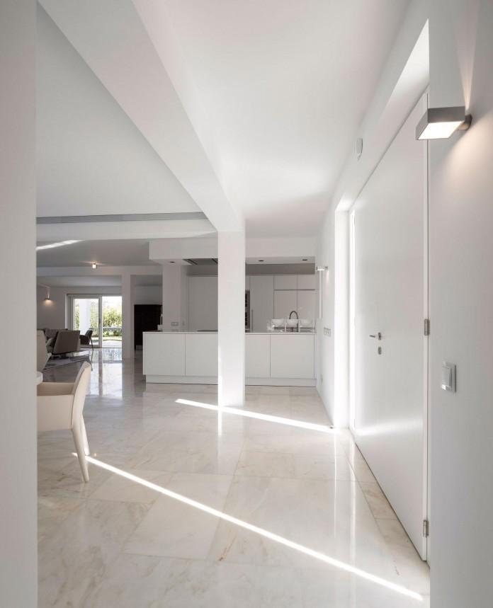 Arco-Iris-House-by-Marlene-Uldschmidt-Architects-01