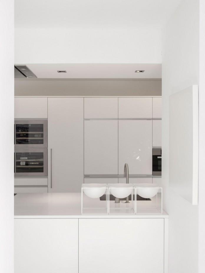 Arco-Iris-House-by-Marlene-Uldschmidt-Architects-07