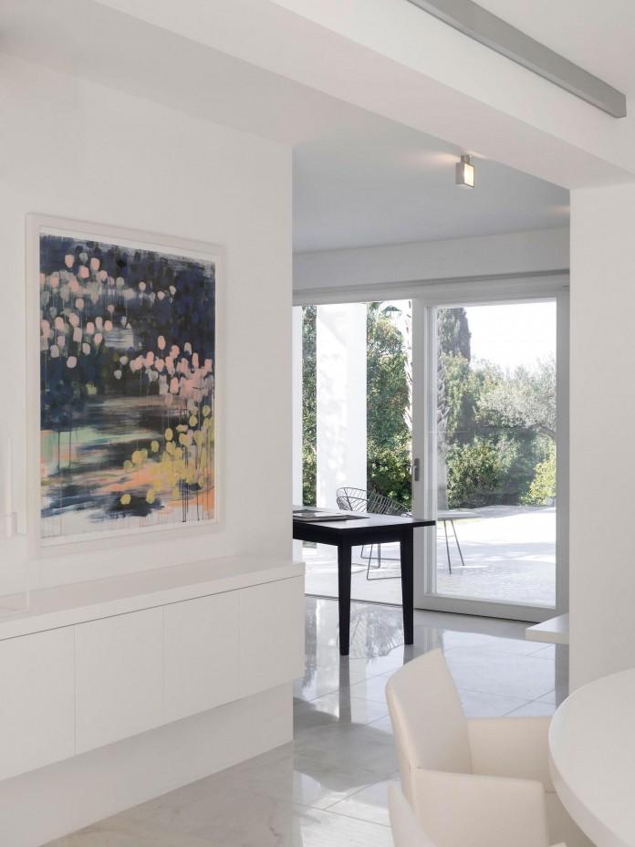 Arco-Iris-House-by-Marlene-Uldschmidt-Architects-10