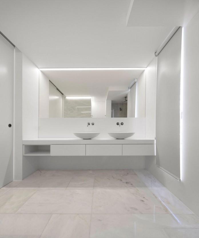 Arco-Iris-House-by-Marlene-Uldschmidt-Architects-14