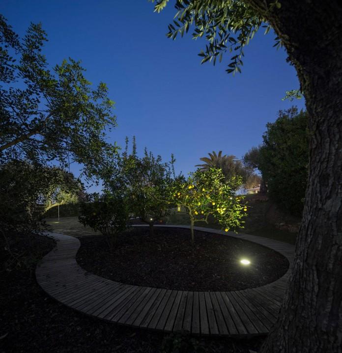 Arco-Iris-House-by-Marlene-Uldschmidt-Architects-18
