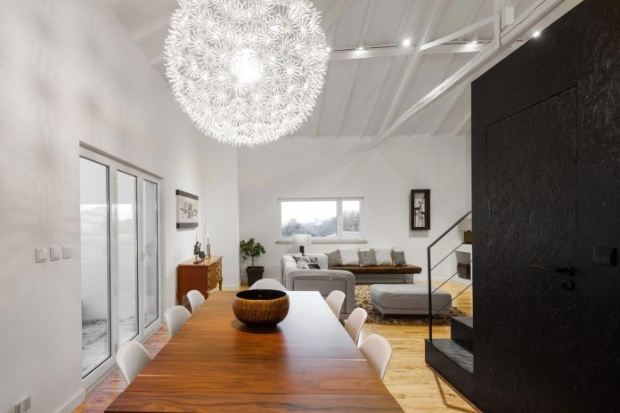 Barn House by Ines Brandao Arquitectura-03