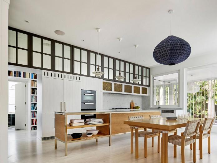 Beach-House-on-Stilts-by-Luigi-Rosselli-Architects-14