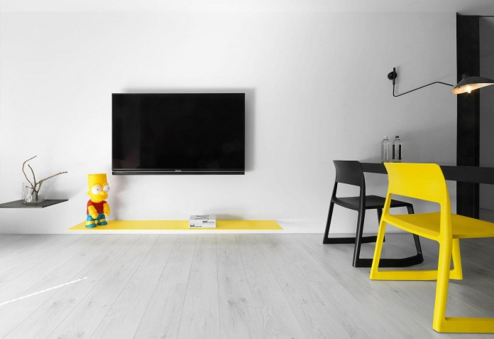 Black,-white-and-yellow-accents-of-H-Residence-by-Z-AXIS-DESIGN-04