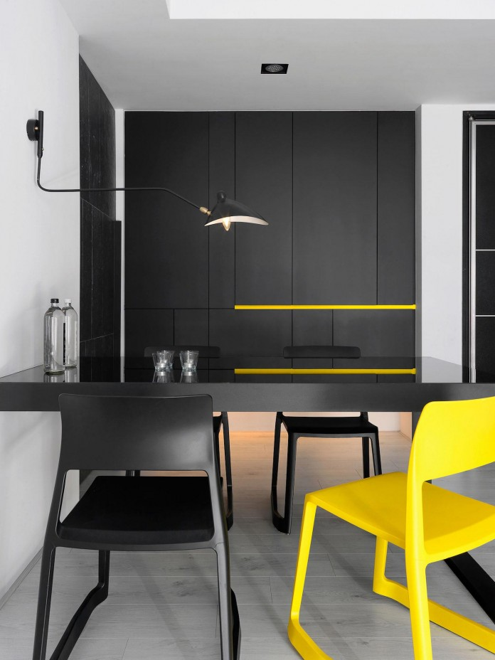 Black,-white-and-yellow-accents-of-H-Residence-by-Z-AXIS-DESIGN-07