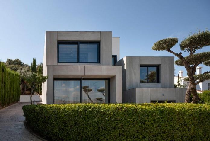 C&C-House-by-ariasrecalde-taller-de-arquitectura-01