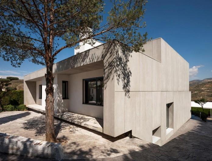 C&C-House-by-ariasrecalde-taller-de-arquitectura-02