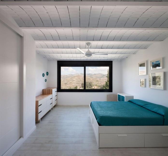 C&C-House-by-ariasrecalde-taller-de-arquitectura-17