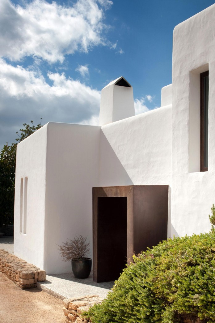 Can-Bikini-Residence-in-Ibiza-by-TG-Studio-03
