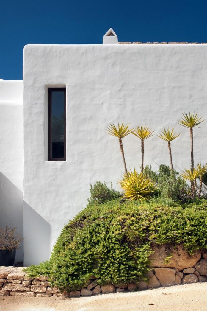 Can-Bikini-Residence-in-Ibiza-by-TG-Studio-04