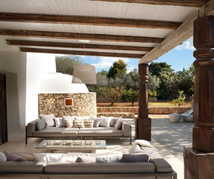 Can-Bikini-Residence-in-Ibiza-by-TG-Studio-09