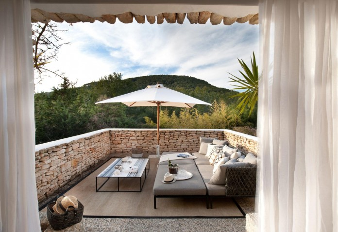 Can-Bikini-Residence-in-Ibiza-by-TG-Studio-17