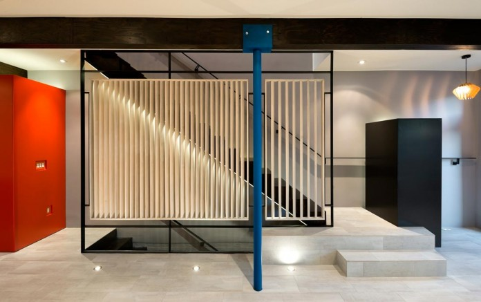 Color-Light-and-Materiality-Mi-Casita-by-KUBE-Architecture-09