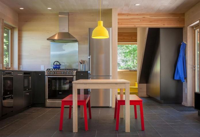 Family-Retreat-by-Salmela-Architect-17