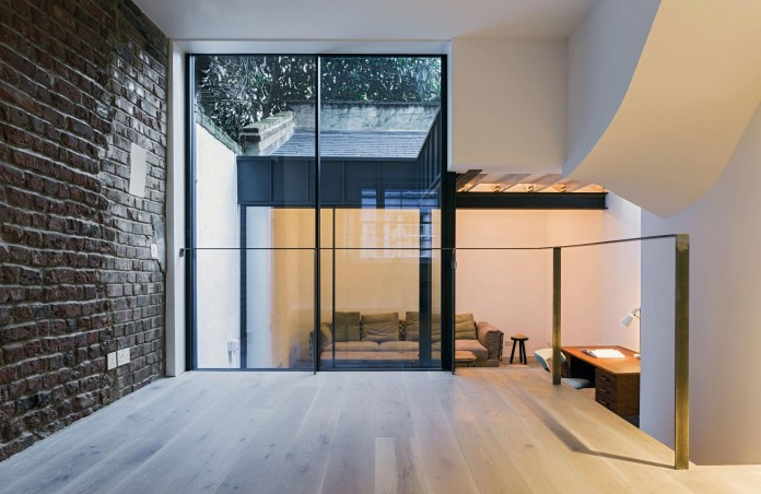Fitzrovia-House-by-West-Architecture-05