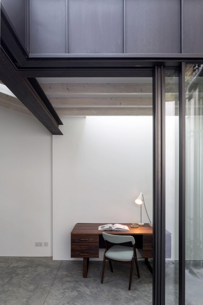 Fitzrovia-House-by-West-Architecture-07