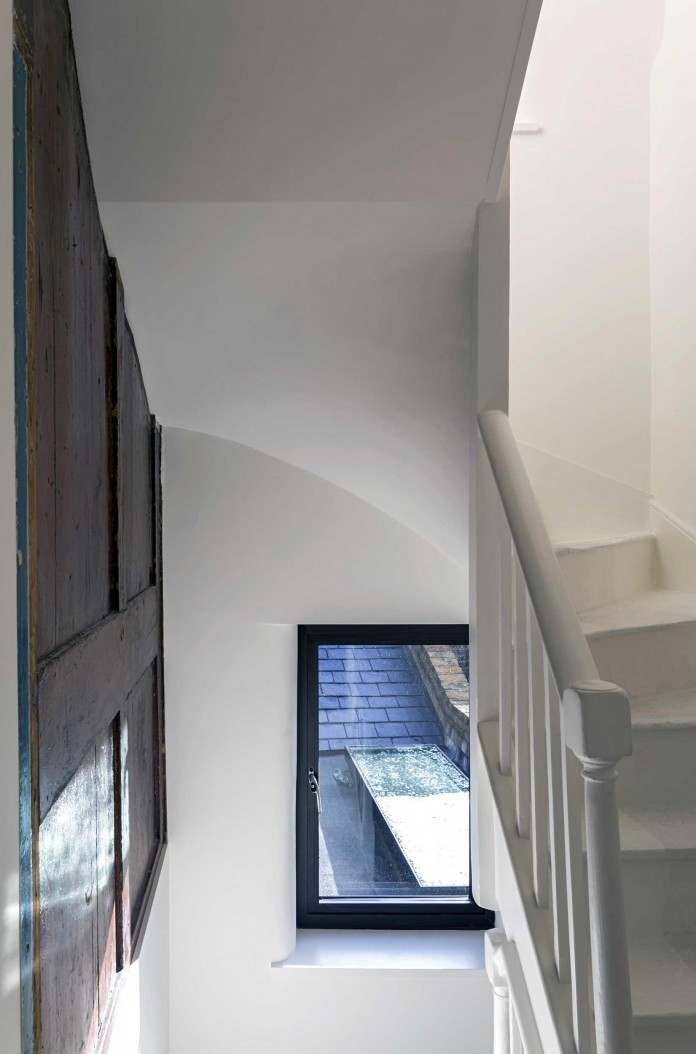 Fitzrovia-House-by-West-Architecture-08