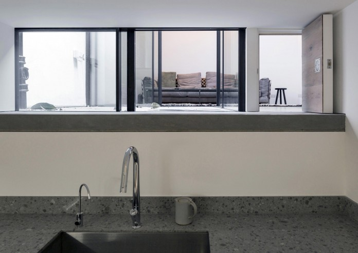 Fitzrovia-House-by-West-Architecture-09
