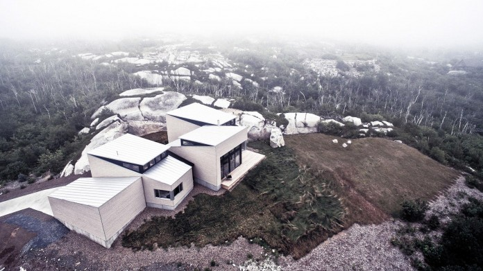 Float-House-in-Halifax-by-Omar-Gandhi-Architect-01