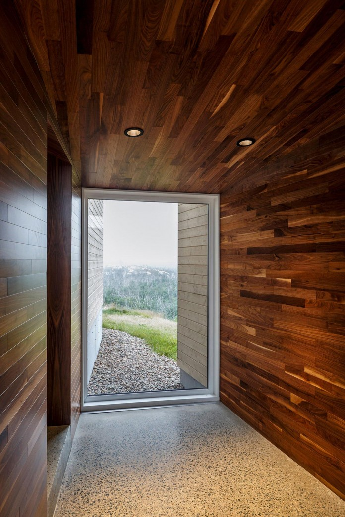 Float-House-in-Halifax-by-Omar-Gandhi-Architect-05