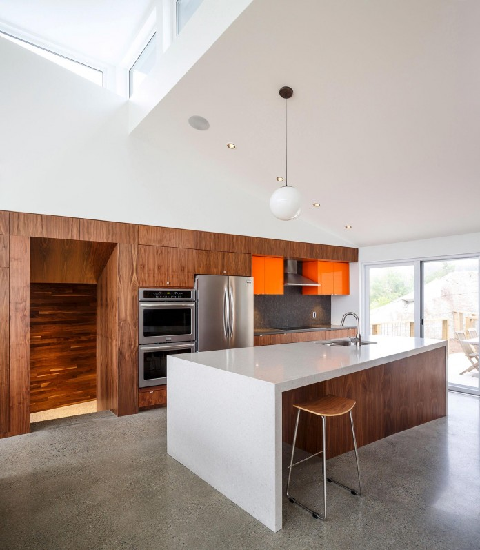 Float-House-in-Halifax-by-Omar-Gandhi-Architect-07