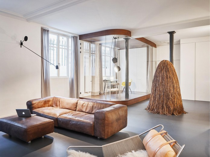 Glass-&-Walnut-Loft-in-Paris-by-CUT-Architectures-08