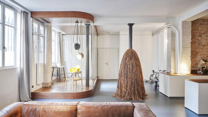 Glass-&-Walnut-Loft-in-Paris-by-CUT-Architectures-09