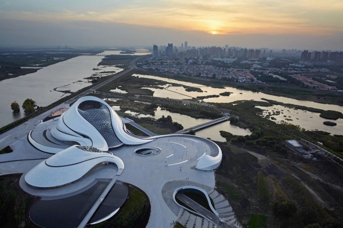 Harbin-Cultural-Center-by-MAD-Architects-27
