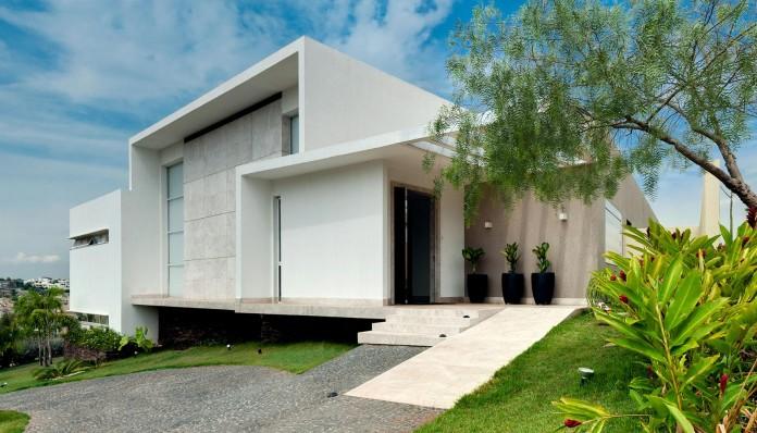 House-Araguaia-OM-by-Dayala-+-Rafael-Estúdio-de-Arquitetura-04