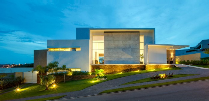 House-Araguaia-OM-by-Dayala-+-Rafael-Estúdio-de-Arquitetura-12