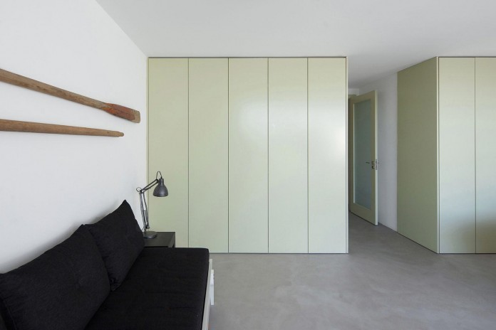 House-in-Bela-Vista-by-RVdM-Arquitectos-07
