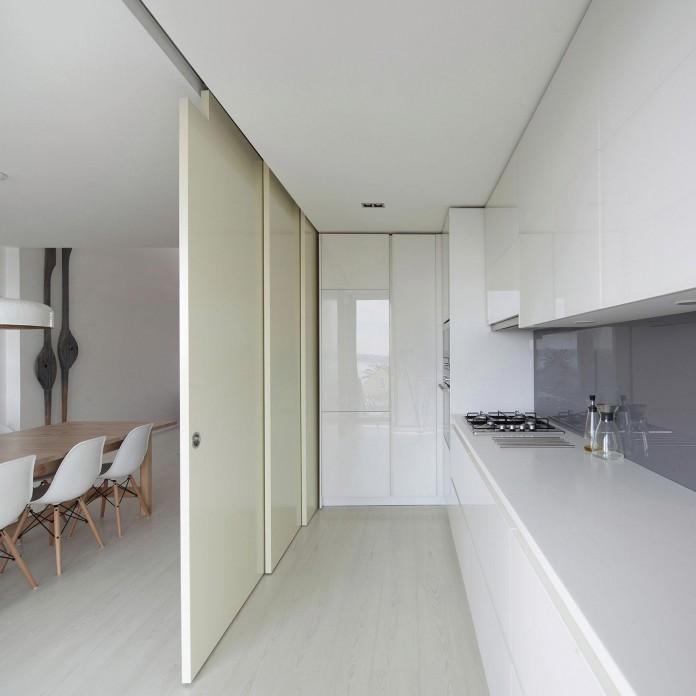House-in-Bela-Vista-by-RVdM-Arquitectos-08