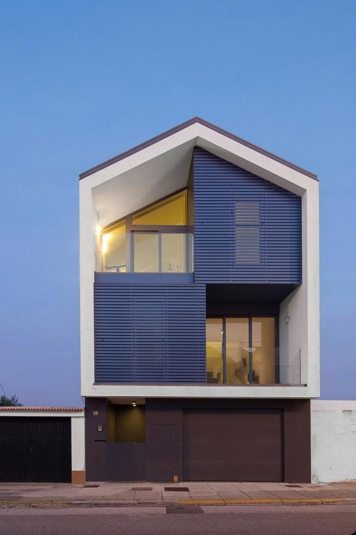House-in-Bela-Vista-by-RVdM-Arquitectos-14