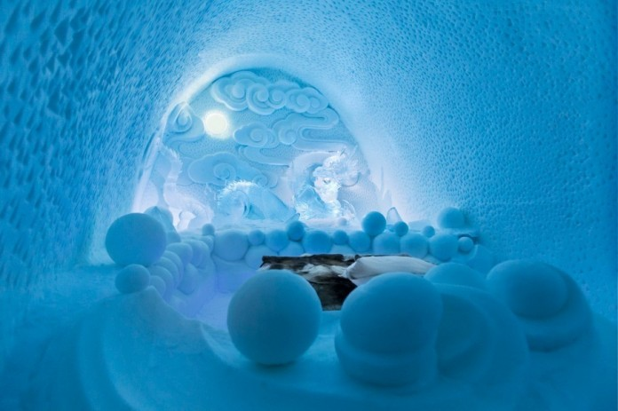 Ice Hotel: the world's first and largest hotel built of snow and ice-02