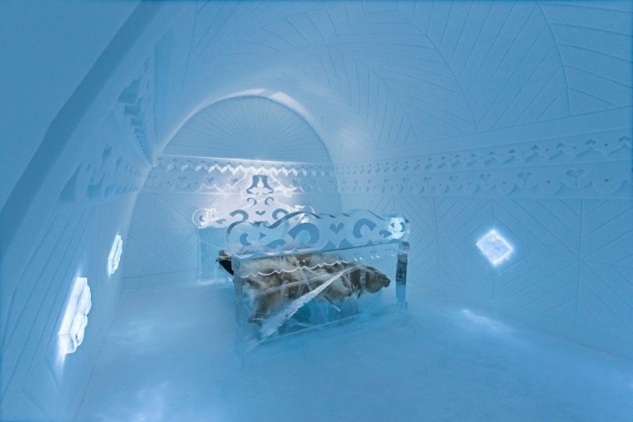 Ice Hotel: the world's first and largest hotel built of snow and ice-07