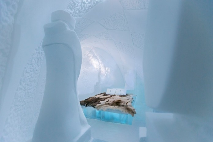 Ice Hotel: the world's first and largest hotel built of snow and ice-14