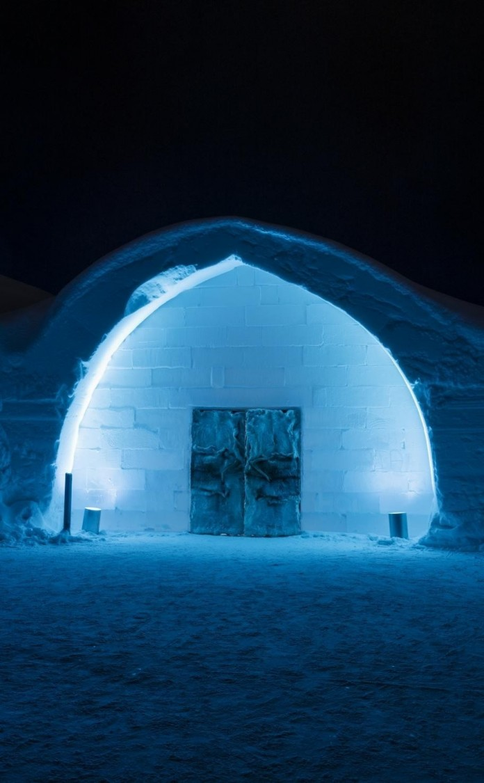 Ice Hotel: the world's first and largest hotel built of snow and ice-21