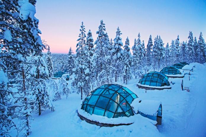 Kakslauttanen-Arctic-Resort-02