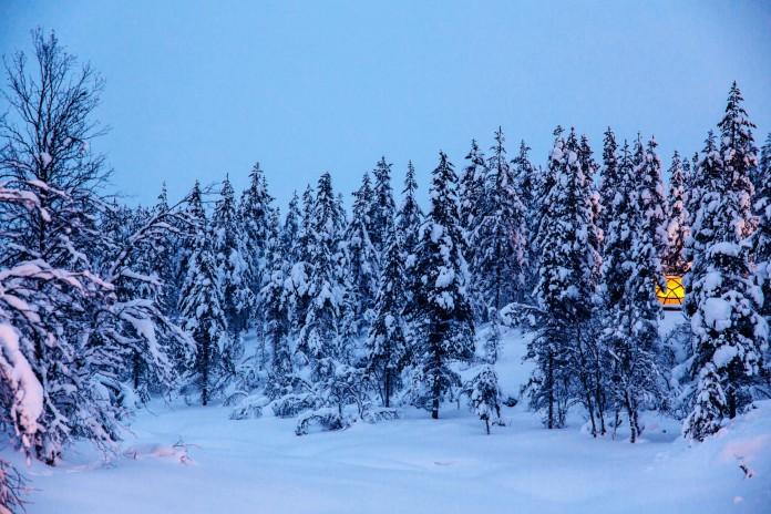 Kakslauttanen-Arctic-Resort-04