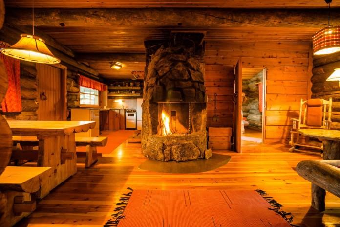 Kakslauttanen-Arctic-Resort-24