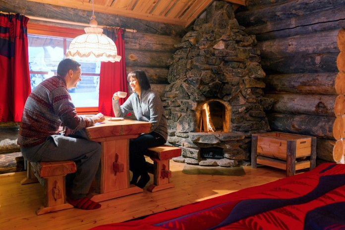 Kakslauttanen-Arctic-Resort-32